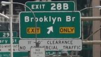 Mit Schildern wird in New-York-City nicht gespart.